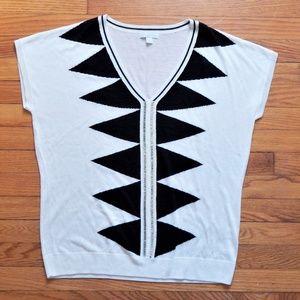 NY & Co Black & White Geometric Top Sz XL